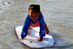 Erster Surfversuch mit dem Bodyboard
